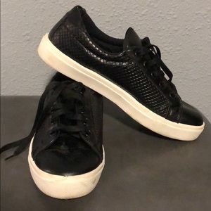 LIKE NEW Black TopShop Sneakers Size 38